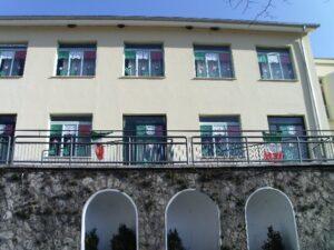 facciata edificio Piazza Roma